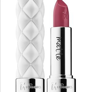 It cosmetics pillow lip in shade like a dream